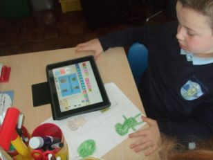 P3-4 working with the Ipads